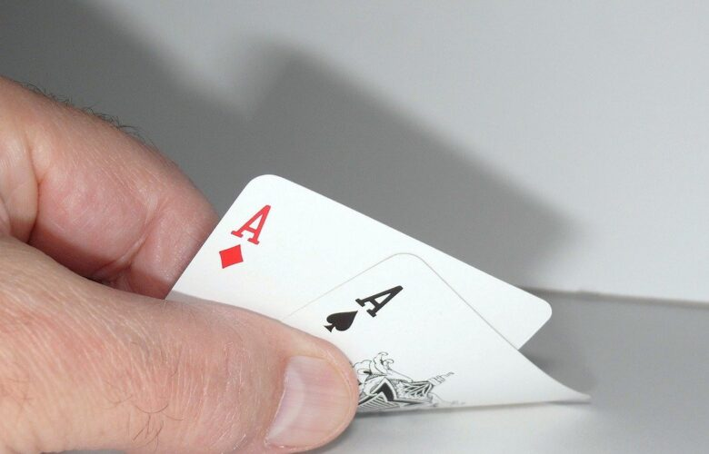 The sequence of playing Online Poker